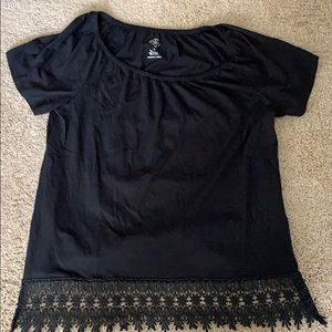 Black T-shirt with Lacey bottom detail